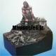 Exemple d'utilisation des Ecorces de pin : figurine de Jérémie BONAMANT TEBOUL