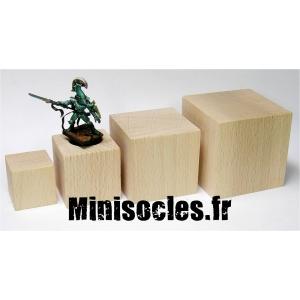 Socle cube hêtre - 60mm
