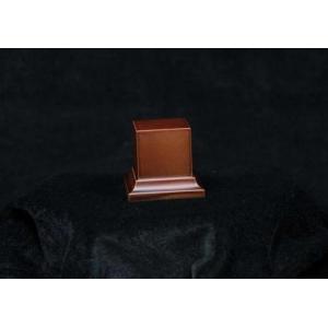 Socle avec piédestal 40mm Marron ou Noir
