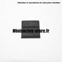Socle carré 20 mm CITADEL avec fente droite PLASTIQUE NOIR (x1)