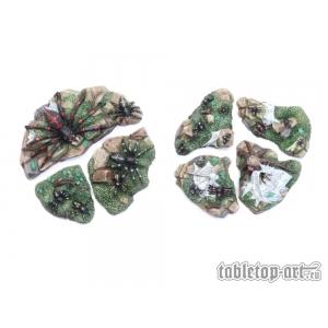Nuées et nids d'araignées Echelle 28-32mm (x7)